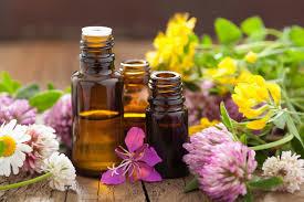 Geurende essentiële oliën voor lichaam en geest